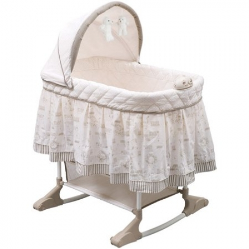 Cuna para niños Delta Children Playtime Rocking Jungle Bassinet.